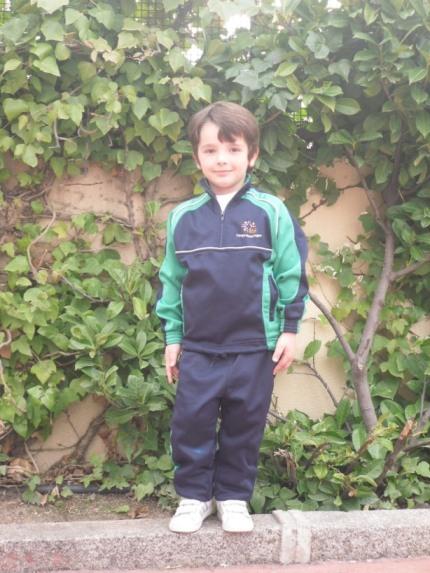Chandal uniforme Colegio Maria Virgen Madrid