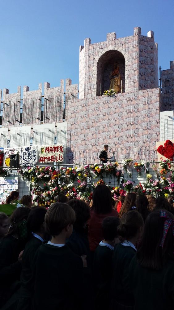 catedral almudena, colegio maria virgen, ofrenda floral, chamartin, concertando
