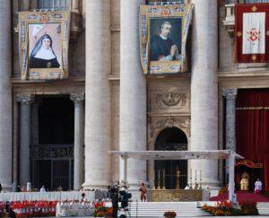 Colegio María Virgen Concertado bilingüe Chamartin historia hijas de jesús, jesuitinas, Madrid, canonización Madre Cándida