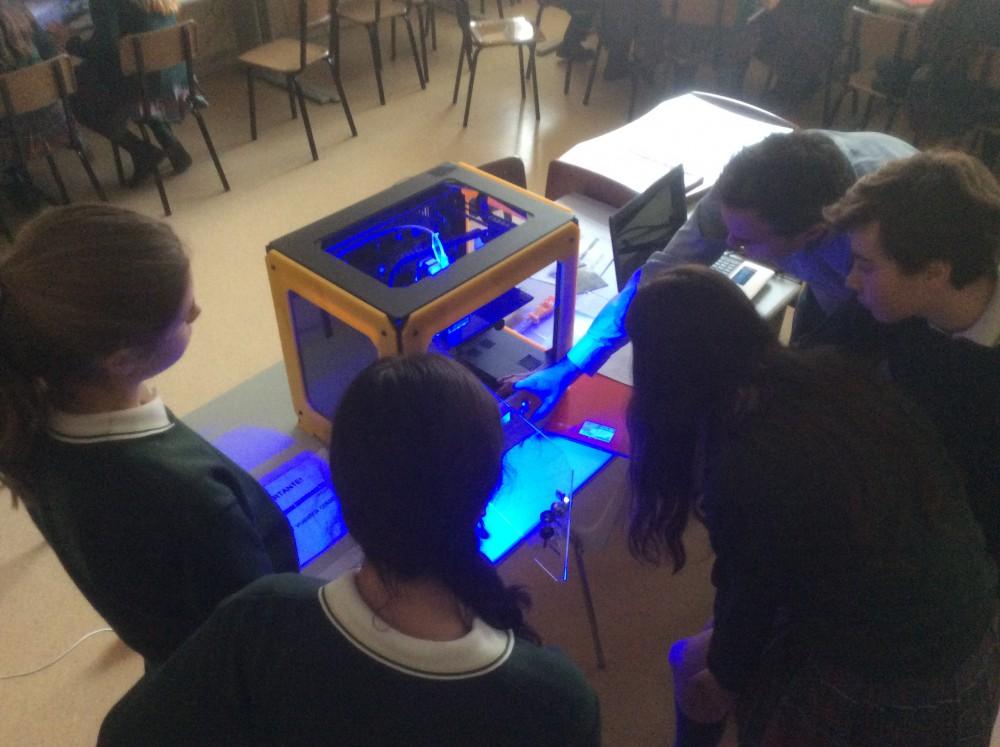 impresora 3D, educación, Colegio, María Virgen, Robótica,