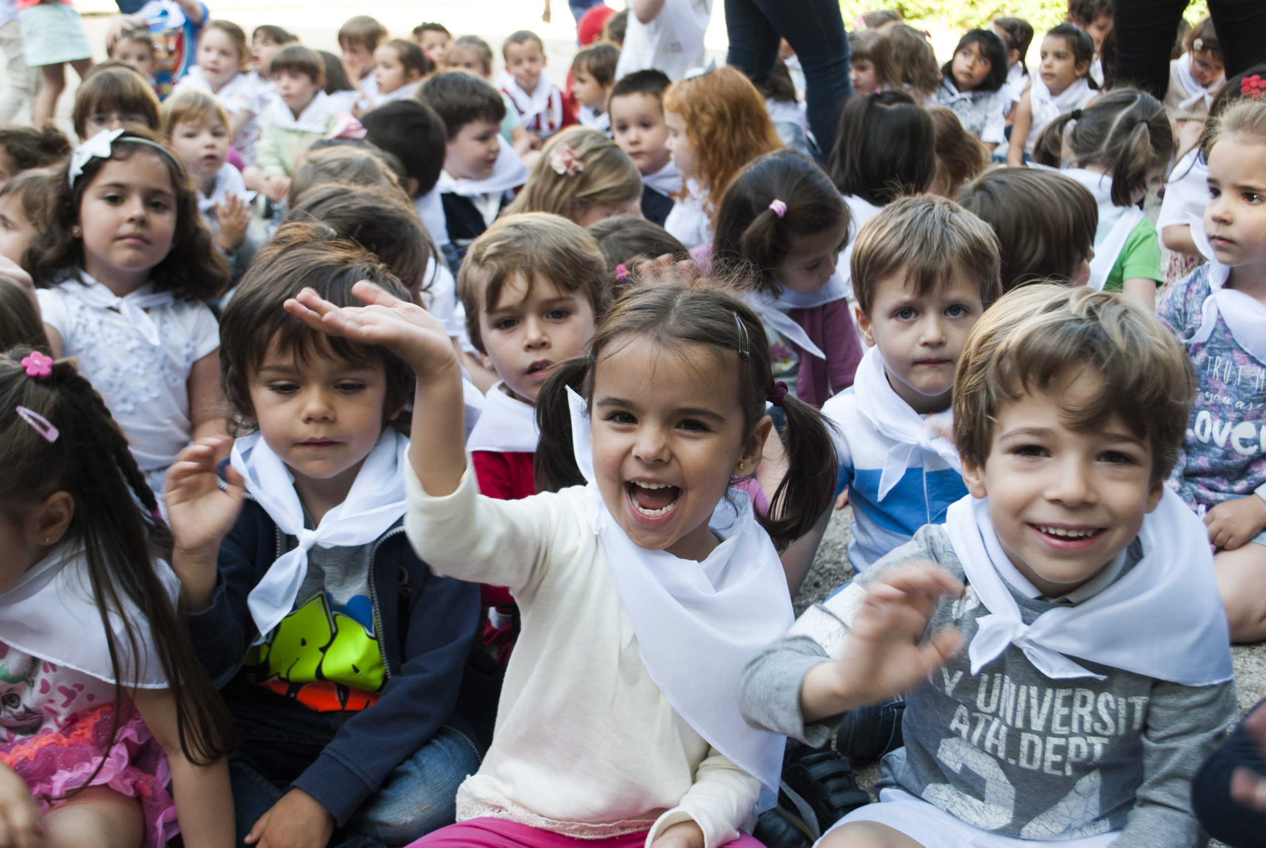 colegio maria virgen fiestas concertado chamartin hijas de jesus jesuitinas bilingue